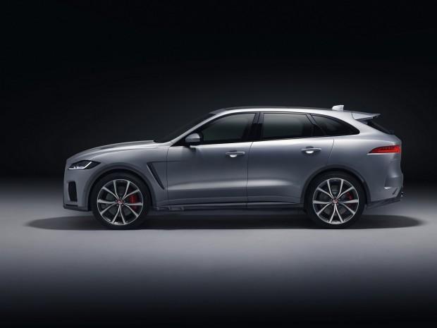 2019-Jaguar-F-Pace-SVR-006