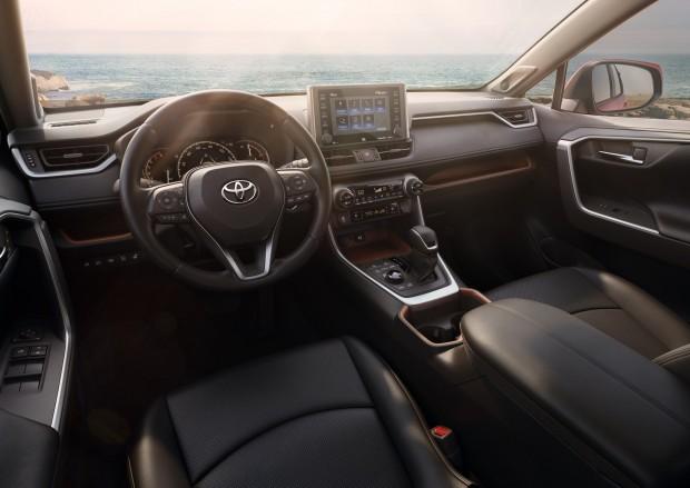 2019-Toyota-RAV4-12