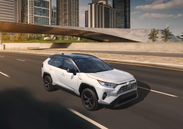 2019-Toyota-RAV4-20