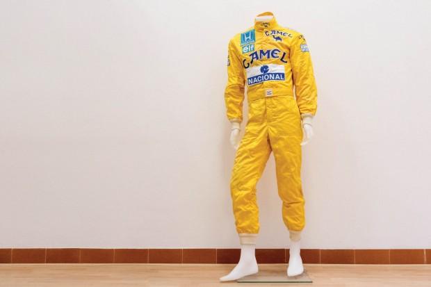 Ayrton-Senna-Formula-1-Racing-Suit-1987_0-copy