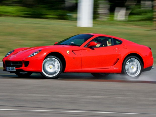 ferrari_599_gtb_fiorano_uk-spec_5