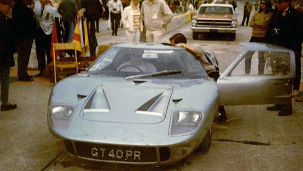 first-ford-gt40-road-car-delivered-to-north-america-to-go-under-the-hammer_3