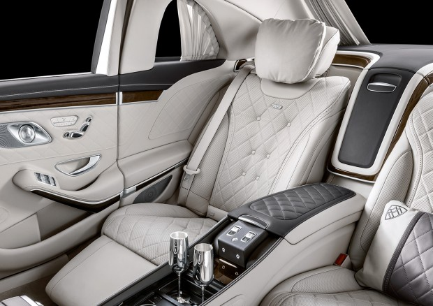 mercedes-maybach_s_650_pullman_1