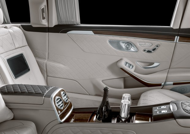 mercedes-maybach_s_650_pullman_2