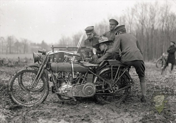 HarleyMachineGun-WWI