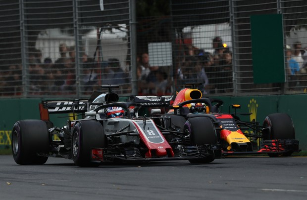 f1-ricciardo-says-f1-cars-are-too-wide-1