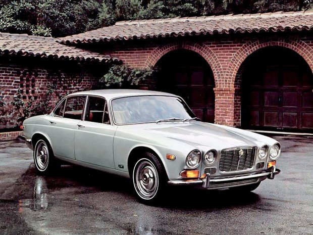 jaguar_xj6_us-spec_2