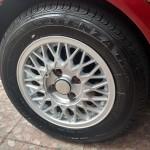 056 - Rodas recuperadas, pneu bonitão e calotinhas antigas