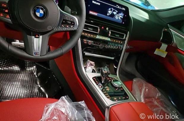 2019-bmw-m850i-convertible-interior-2