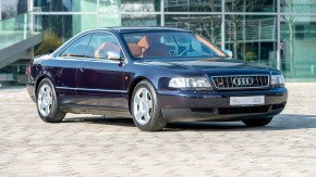 É uma pena que a Audi nunca tenha feito este belíssimo A8 Coupé