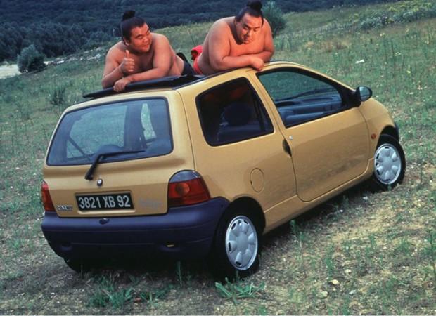 Extra 003 - Renault Twingo 1992 - Como não gostar de uma coisa dessa