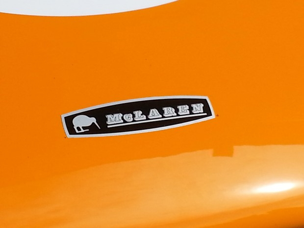badge-on-mcl-sportscar
