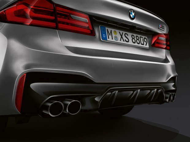 bmw_m5_competition_1