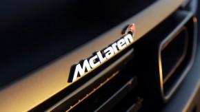 Kiwi, cigarro ou aerodinâmica? Qual é a verdadeira origem do logotipo da McLaren?