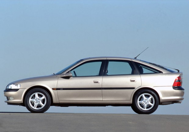 opel_vectra_hatchback_67