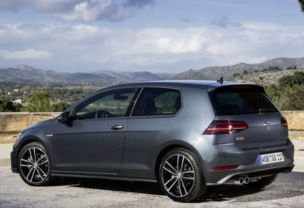 volkswagen_golf_gtd_3-door_6