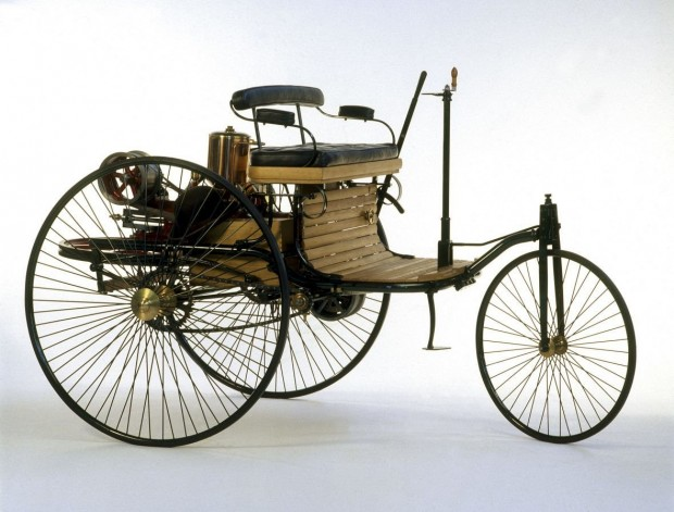 0ab35a4e-benz-patent-motorwagen-1
