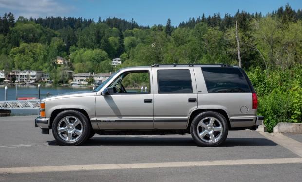 1527045184e7dff9f98764da1998-Chevrolet-Tahoe-LS9-2
