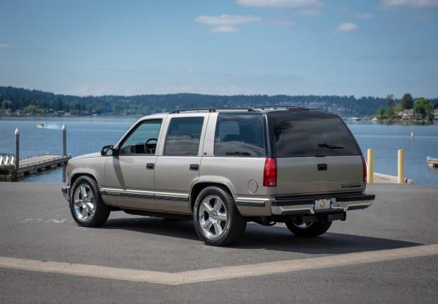 1527045186d565ef66e7dff9f1998-Chevrolet-Tahoe-LS9-1