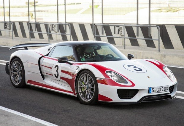 2014 Porsche 918 Spyder Weissach Package