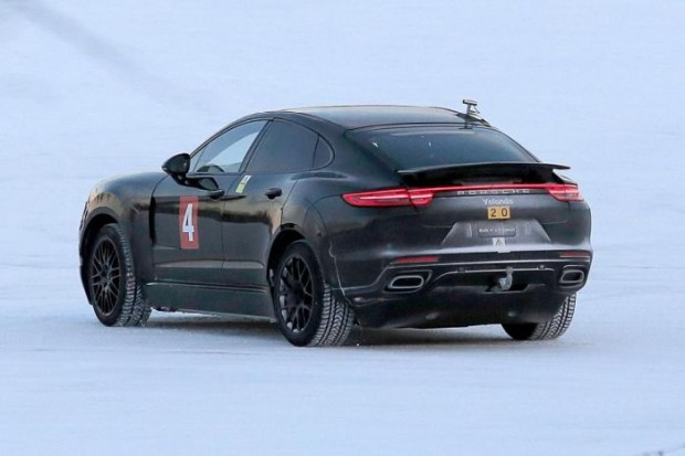 2019-Porsche-Cayenne-Coupe-rear-left