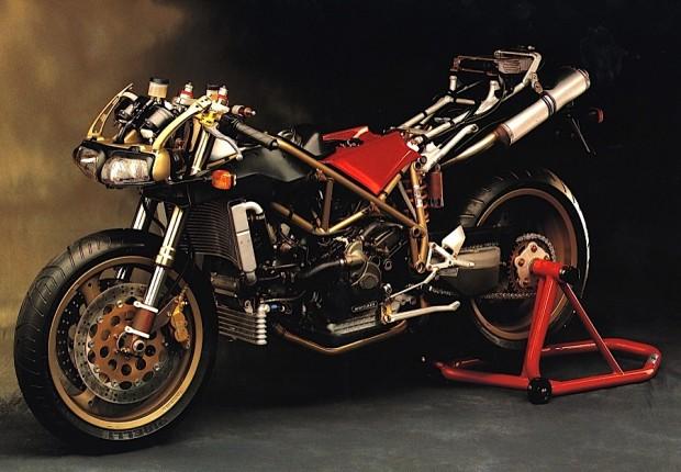 Ducati_916_sem carenagem