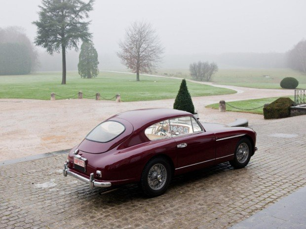 aston_martin_db2_4_sports_saloon_10