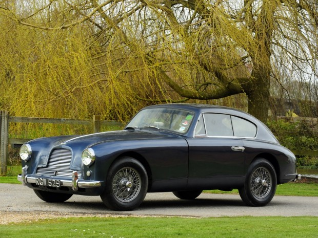 aston_martin_db2_4_sports_saloon_uk-spec_2