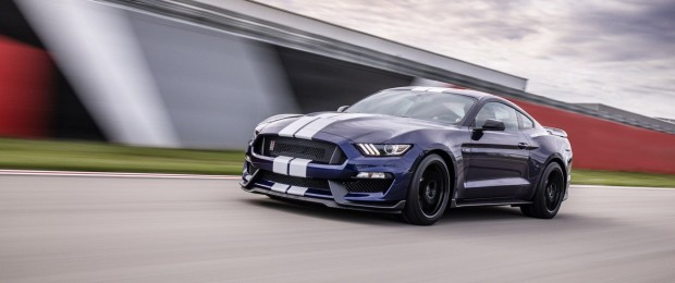 d5bab446-ford-mustang-shelby-gt350-1