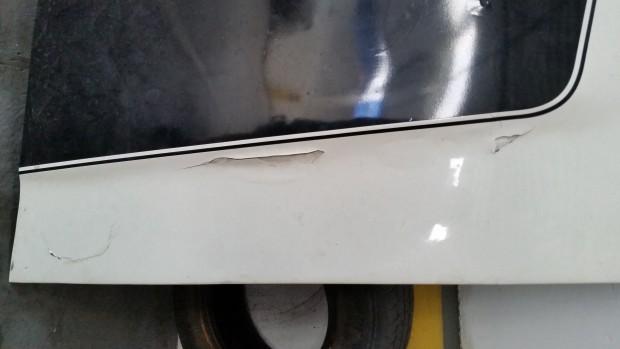 foto 6 - capô danificado