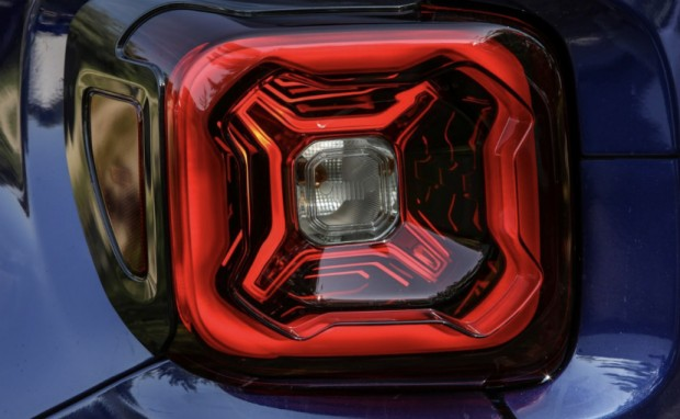 jeep-renegade-facelift_625x300_1528107884291