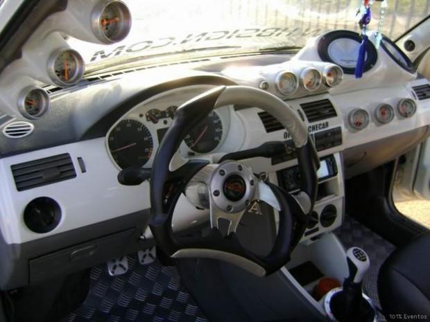 por-dentro-carro-super-tuning