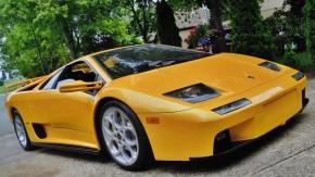 Olhe de novo: este carro não é um Lamborghini Diablo