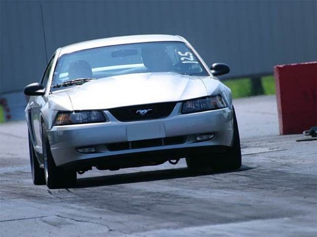 138_0402_s+1999_ford_mustang_boss_351+front_view1
