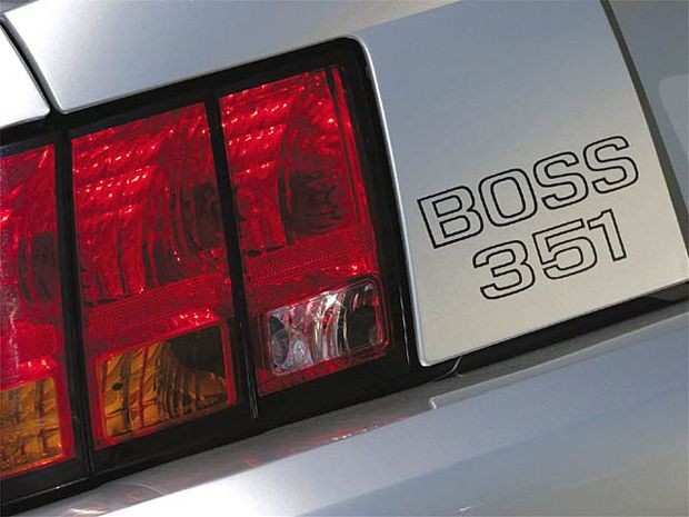 138_0402_z+1999_ford_mustang_boss_351+taillight