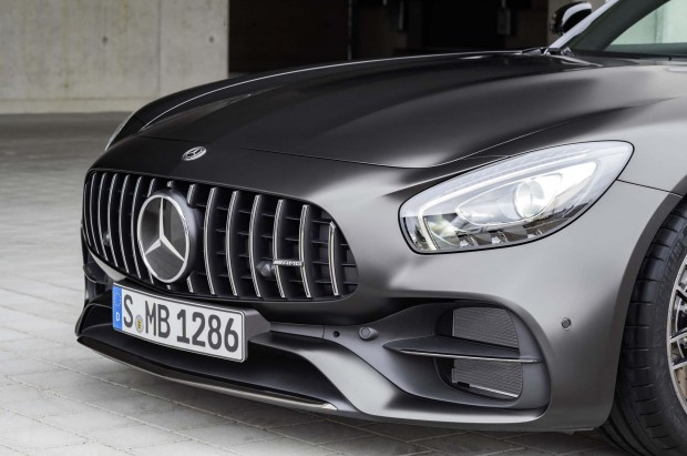 2018-mercedes-amg-gt-c-coupe-edition-50-front-grille