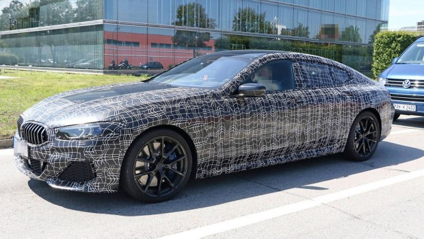 BMW 8 Series GranCoupe 4