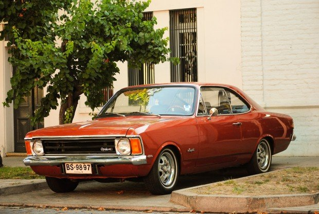 Chevrolet_Opala_by_simenon