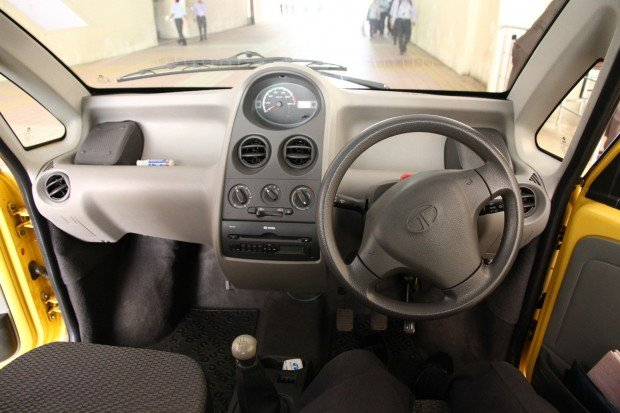 Tata_Nano_dashboard