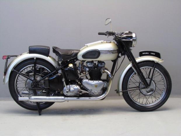 Triumph-1953-Thunderbird-GtM-1