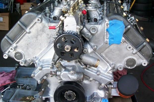 V8 Montreal-1