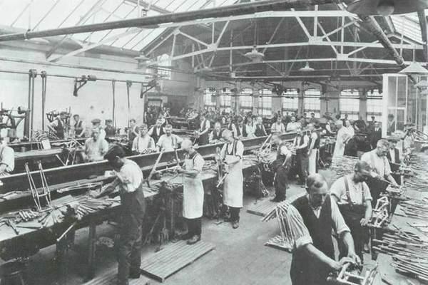 triumph factory 01