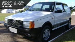 Não é sempre que se vê um Fiat Uno 1.6R 1990 todo original e impecável como este à venda