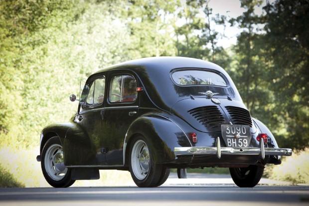 1956-renault-4cv-sport-luxe-3_original