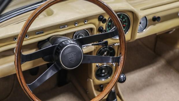 1966-porsche-911-spider-048-2