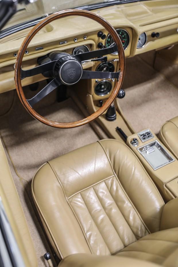 1966_Porsche_911_Spider_048