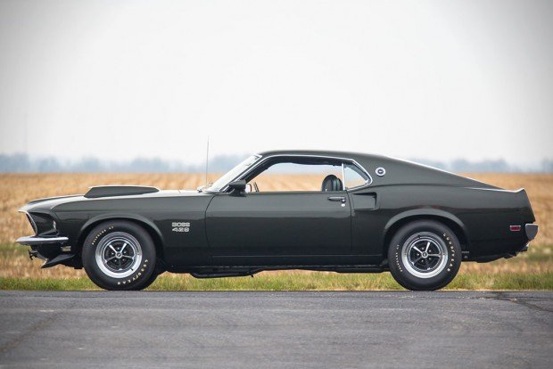 1969-FORD-MUSTANG-BOSS-429-FASTBACK-01