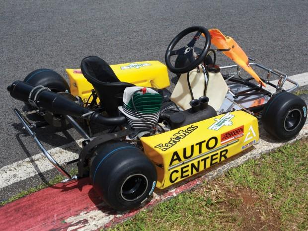 5fc51945-ayrton-senna-kart-01