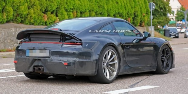 776ce555-2020-porsche-911-gt3-spied-first-time-12-768x384