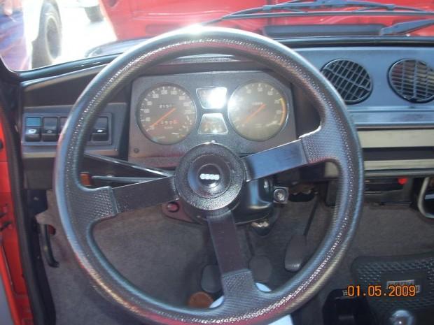 Fiat_147_Sorpasso_Interior